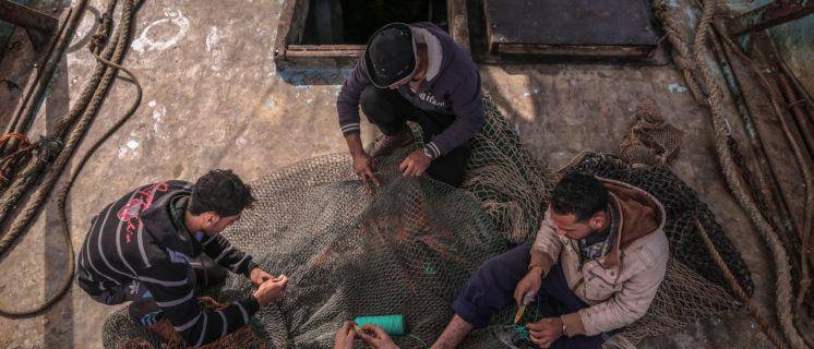 De vissers op de foto's komen niet in het verhaal voor.