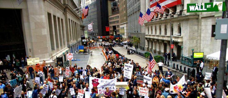 open dossier over Tien jaar na de crisis