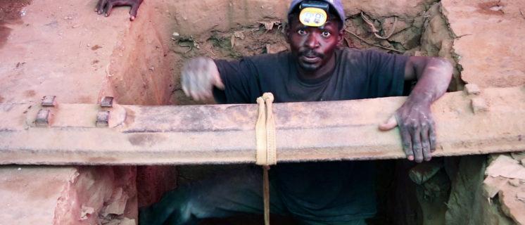 Kobaltmijnwerker in DRC