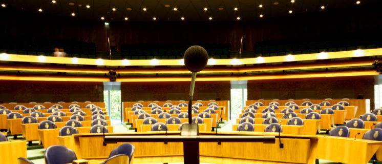 Spreekgestoelte in Tweede Kamer